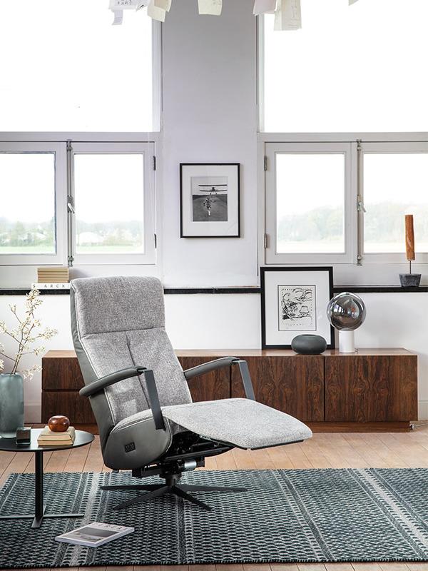 Platinum fauteuil montel